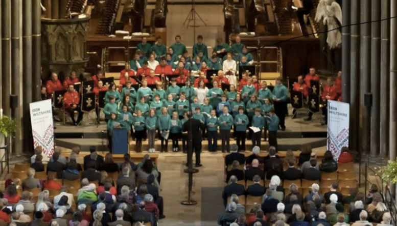BBC Wiltshire Carols, choir in Salisbury Cathedral