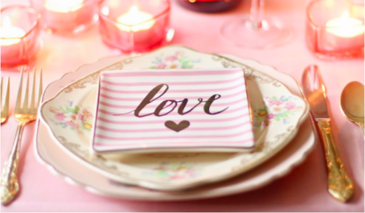 plate setting with love napkin