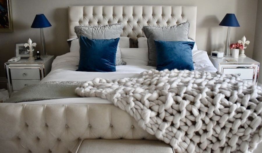 double bed blue cushions cream chunky knit throw